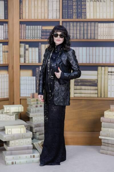 Isabelle Adjani en total look blanck signé Chanel