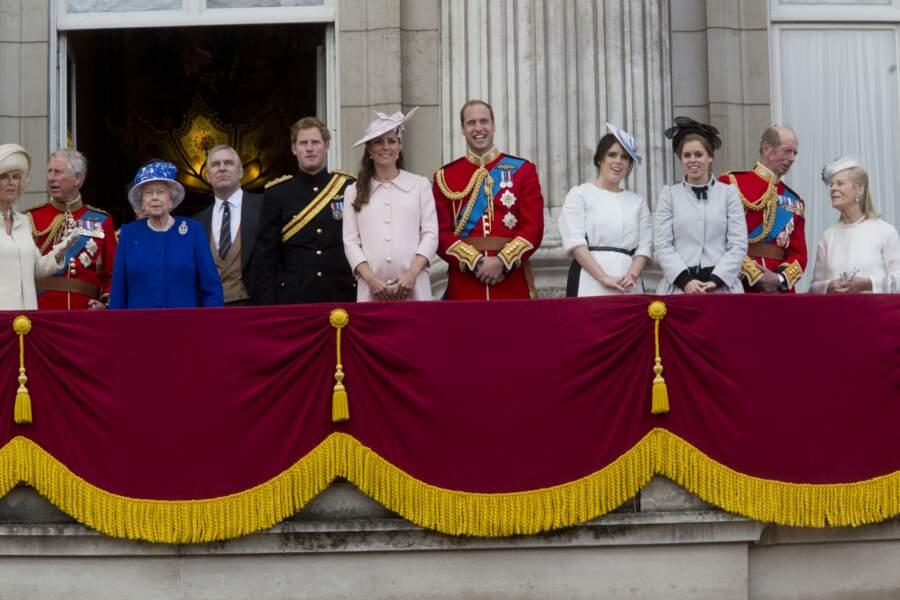 Eugénie d'York et Béatrice d'York, avec leurs cousins, les princes William et Harry, en juin 2013