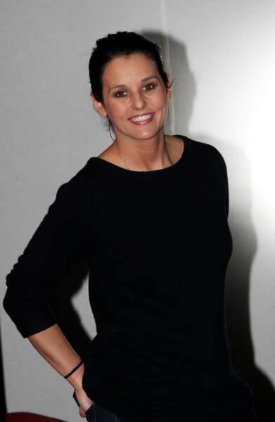 Faustine Bollaert tout en sobriété le 19 janvier 2012