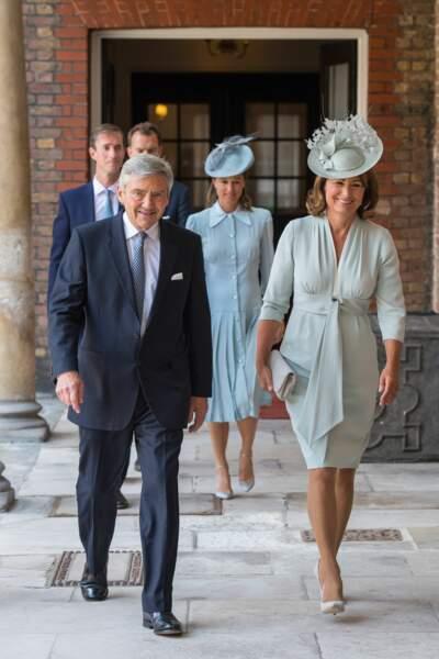 Michael and Carole Middleton arrivent au baptême du prince Louis
