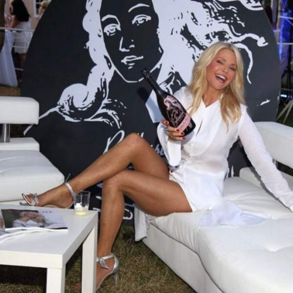 A 63 ans, le mannequin américain Christie Brinkley a de la bouteille.