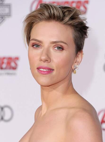La coupe courte rasée de Scarlett Johansson