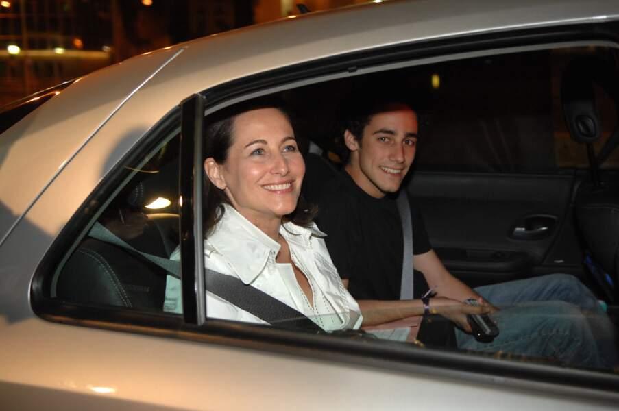 Ségolène Royal et Thomas Hollande lors de la campagne présidentielle de 2007.