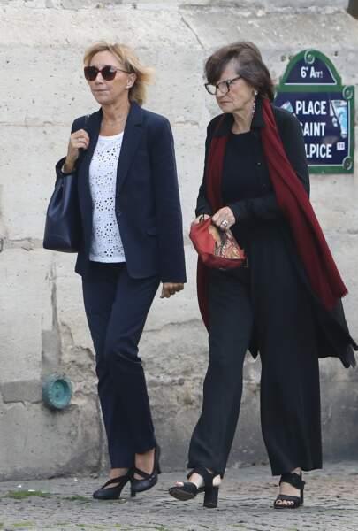 Marie-Anne Chazel et Anne-Marie Périer - Obsèques de Mireille Darc en l'église Saint-Sulpice à Paris.