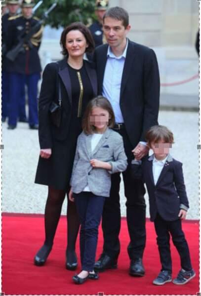 Sébastien Auzière et sa femme Christelle, avec leurs deux enfants Camille et Paul