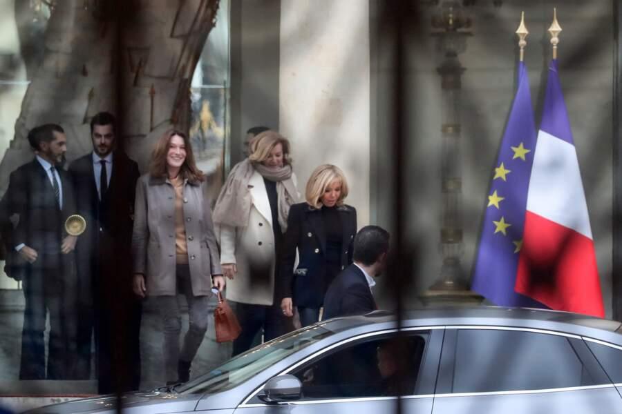 L'épouse de Nicolas Sarkozy et l'ex de François Hollande avaient été conviées par l'actuelle Première dame