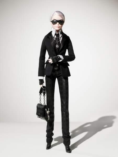 La poupée Barbie revisitée par Karl Lagerfeld
