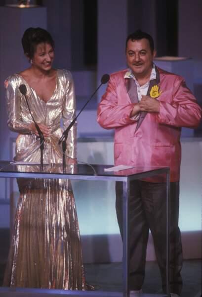 Coluche et Nathalie Baye lors de la cérémonie des César
