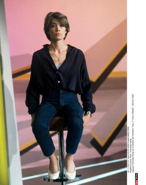 Smokey eyes et... coupe courte, en 1984. Françoise ne changera plus de coiffure.
