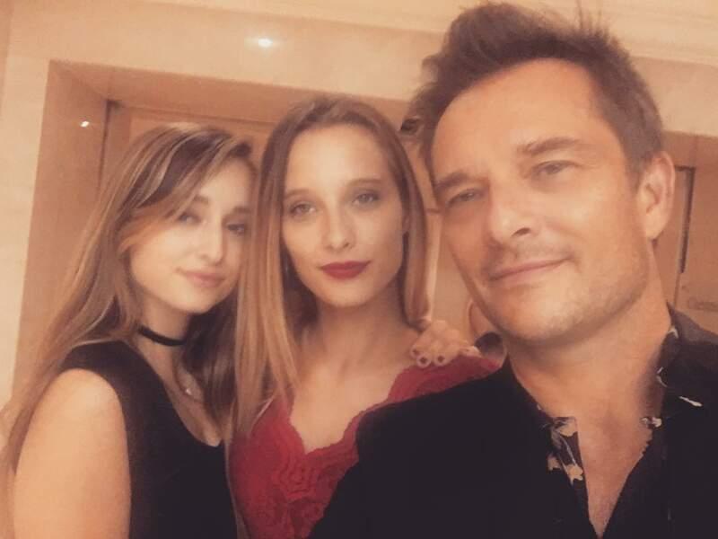 David Hallyday avec ses filles Emma et Ilona Smet, en septembre 2016 à Londres