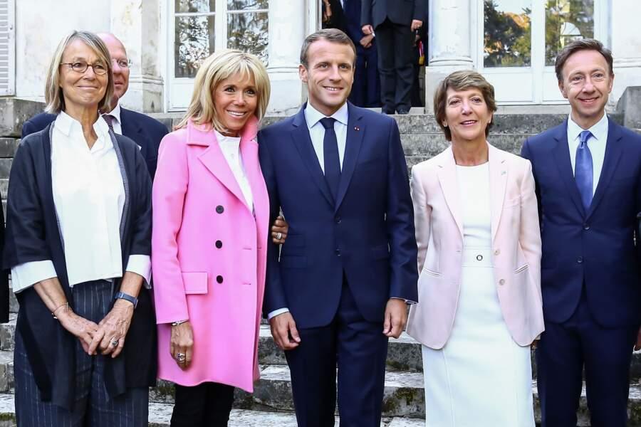 Aux côtés de Françoise Nyssen, ministre de la Culture ou encore de Stéphane Berne, Brigitte Macron rayonne.