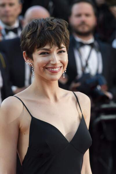 Ursula Corbero sur le tapis rouge de la cérémonie d'ouverture du 71ème Festival de Cannes