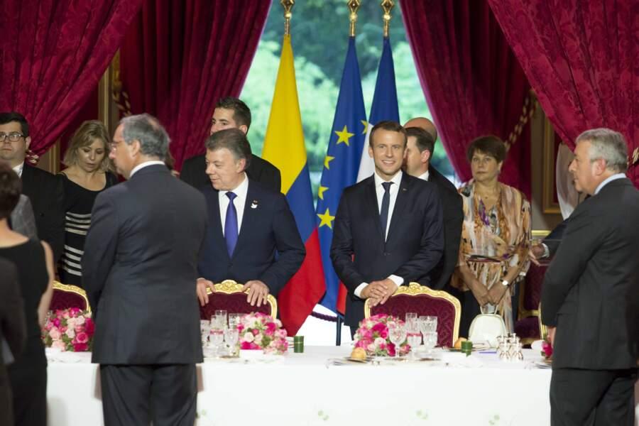 Juan Manuel Santos, Emmanuel Macron : les deux hommes trinquent à l'Elysée