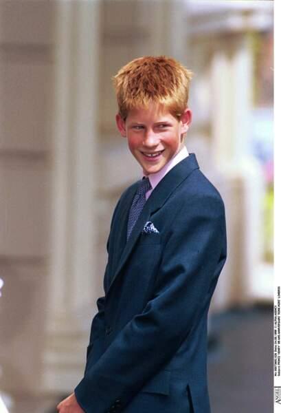 Le prince Harry lors des 99 ans de la reine mère Elizabeth, à Londres en 1999