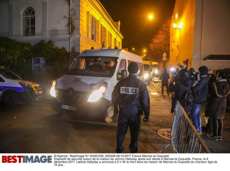 Un important dispositif de sécurité a été mis en place autour du domicile de Johnny Hallyday à Marnes-la-Coquette
