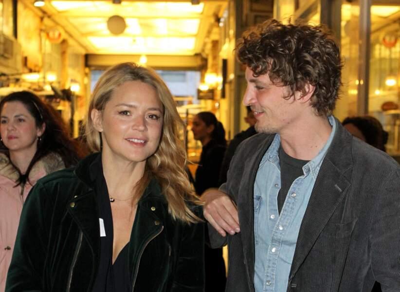 Virginie Efira et Niels Schneider tout sourires en Grèce, le 6 avril 2019