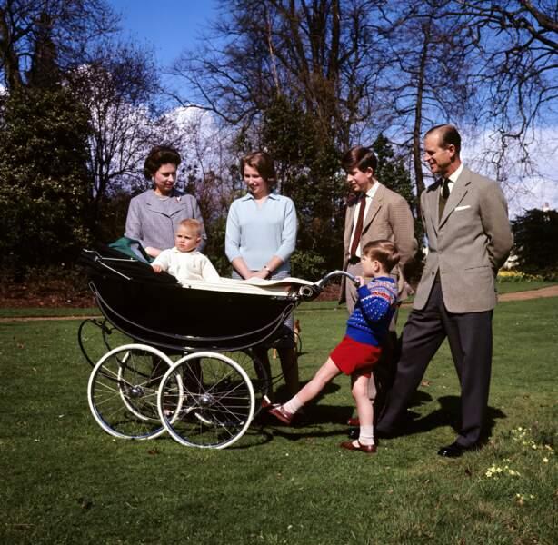 Elizabeth II, le prince Philip et leurs enfants en ont également fait un lieu de retraite dans les années 60-70