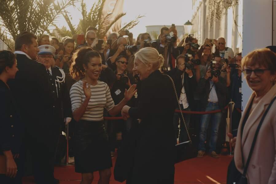 Sabrina Ouazani avec une jolie queue-de-cheval bouclée  signée Franck Provost