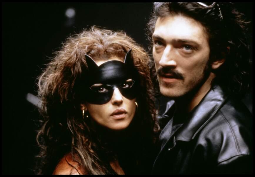 Monica Bellucci avec Vincent Cassel dans Dobermann - 1996