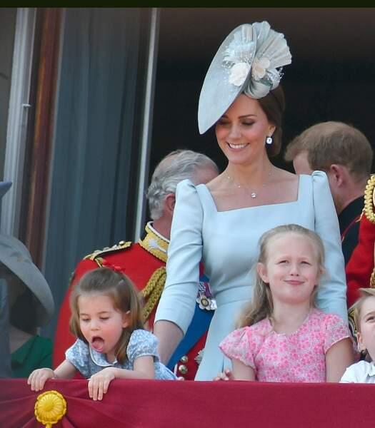 La princesse Charlotte ne manque pas une occasion de grimacer