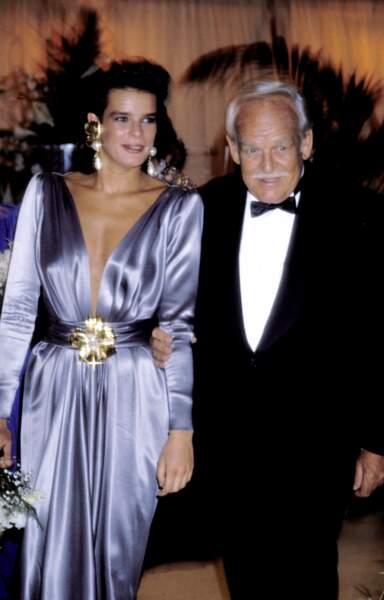Rainier de Monaco avec Stéphanie au bal de la Croix Rouge à Monaco, en 1983