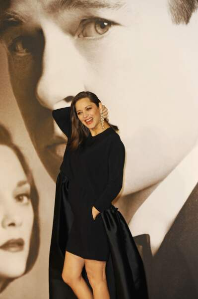 Marion Cotillard sur le tapis rouge, à Londres