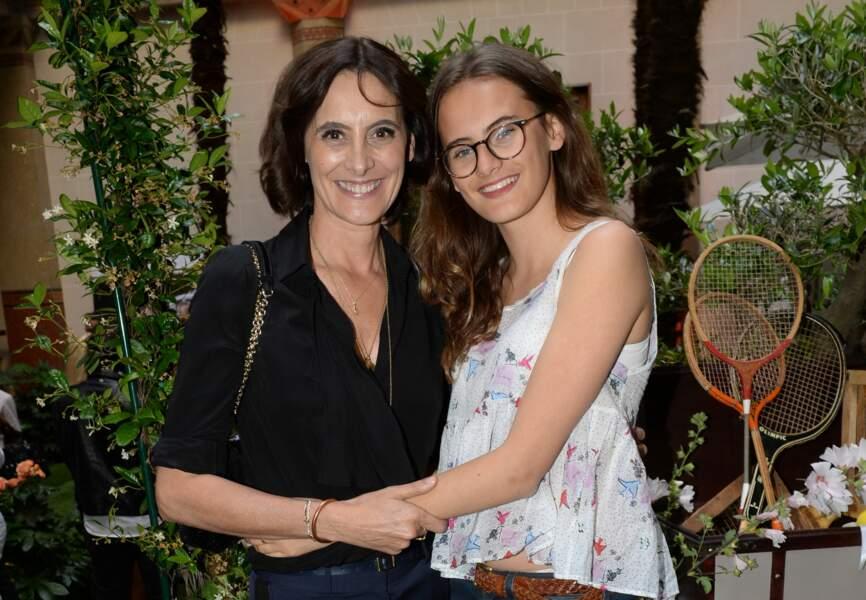 Inès de la Fressange et sa fille Violette