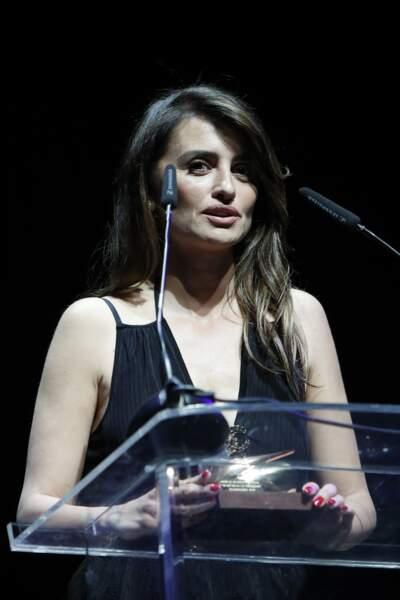 Après des années à Hollywood, l'actrice vit désormais en Espagne avec Javier Bardem et leurs enfants Leo et Luna
