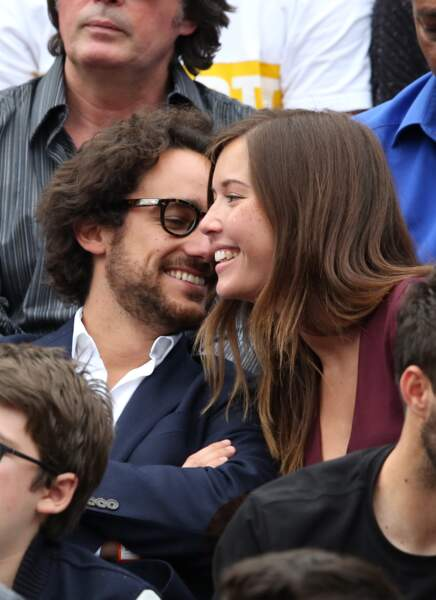 Roucoulades et fous rires pour Thomas Hollande et la journaliste sportive Emilie Broussouloux