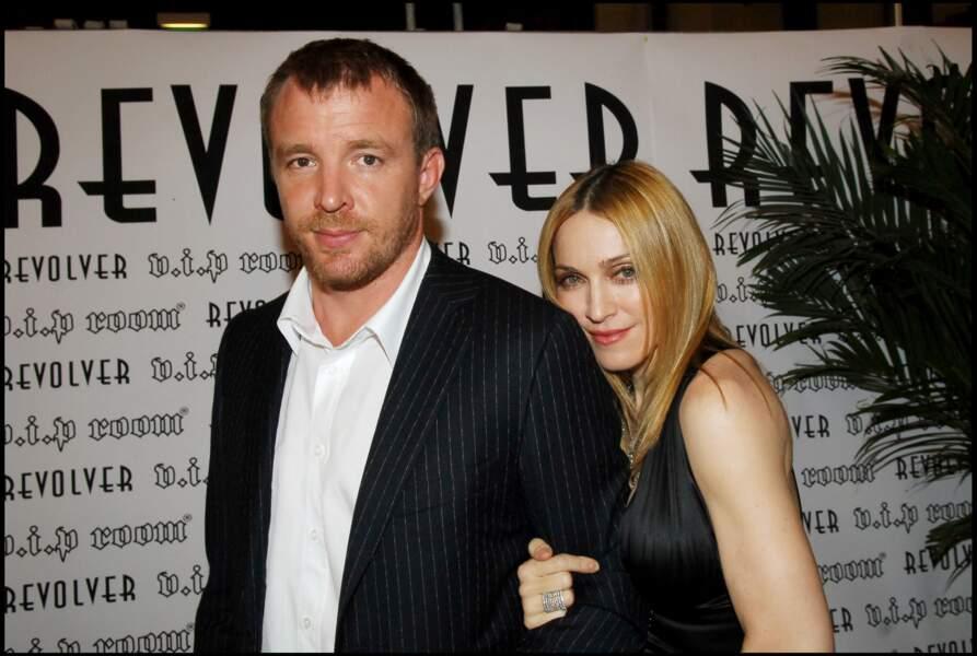 """Madonna et Guy Ritchie à l'avant première du film """"Revolver"""" à Paris en 2005"""
