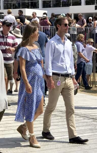 Pippa Middleton à nouveau en bleue et son mari au Goodwood Festival of Speed
