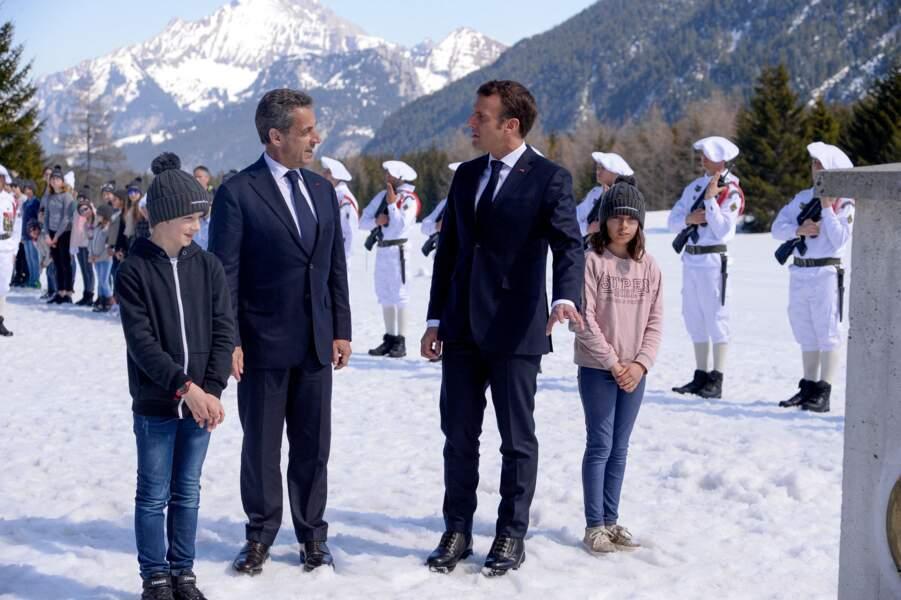 Nicolas Sarkozy joue un rôle de mentor pour Emmanuel Macron, il n'hésite pas à lui apporter son expérience
