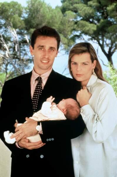 Stéphanie de Monaco et Daniel Ducruet posent pour la naissance de leur fille Paulien, en 1994