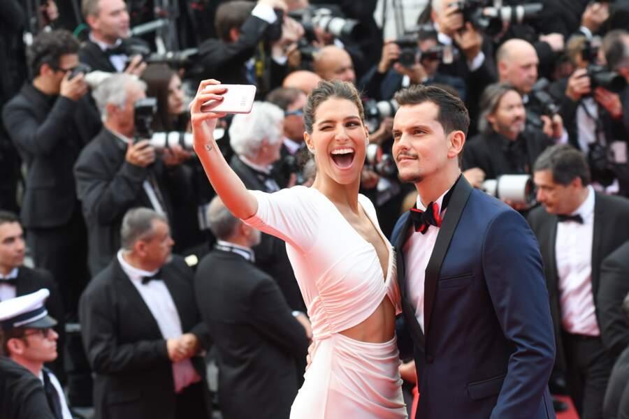 Laury Thilleman et son chéri Juan Arbelaez à Cannes le 23 mai 2017