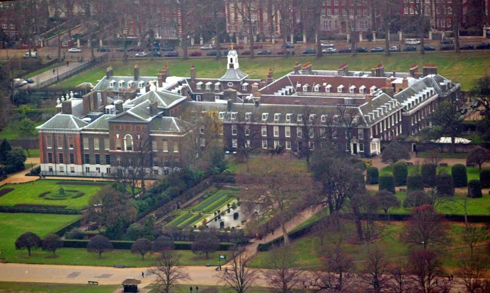 Situé en plein Londres, dans Hyde Park, Kensington était la résidence de la monarchie jusqu'au 18e siècle