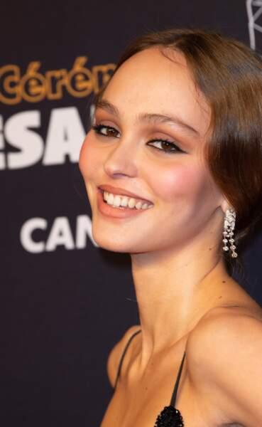 Lily-Rose Depp son clin d'oeil à sa mère Vanessa Paradis aux César 2019