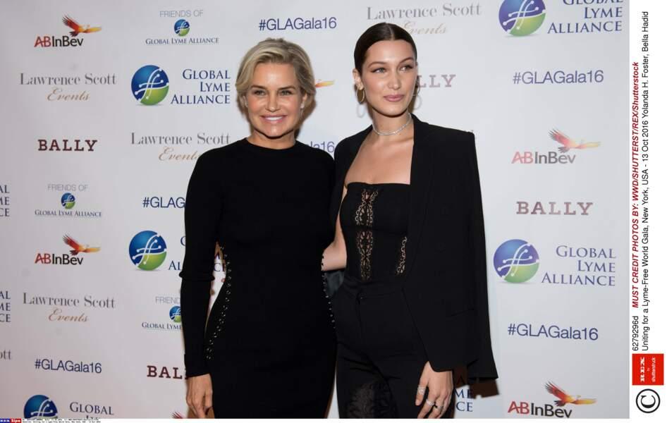 Divorcée du magnat de l'immobilier Mohamed Hadid, en 2000, la mère de Bella, Yolanda, est un ancien mannequin