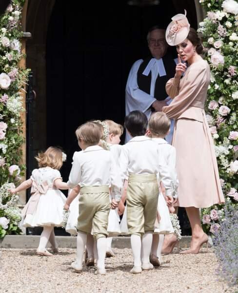 Kate Middleton surveille ses enfants