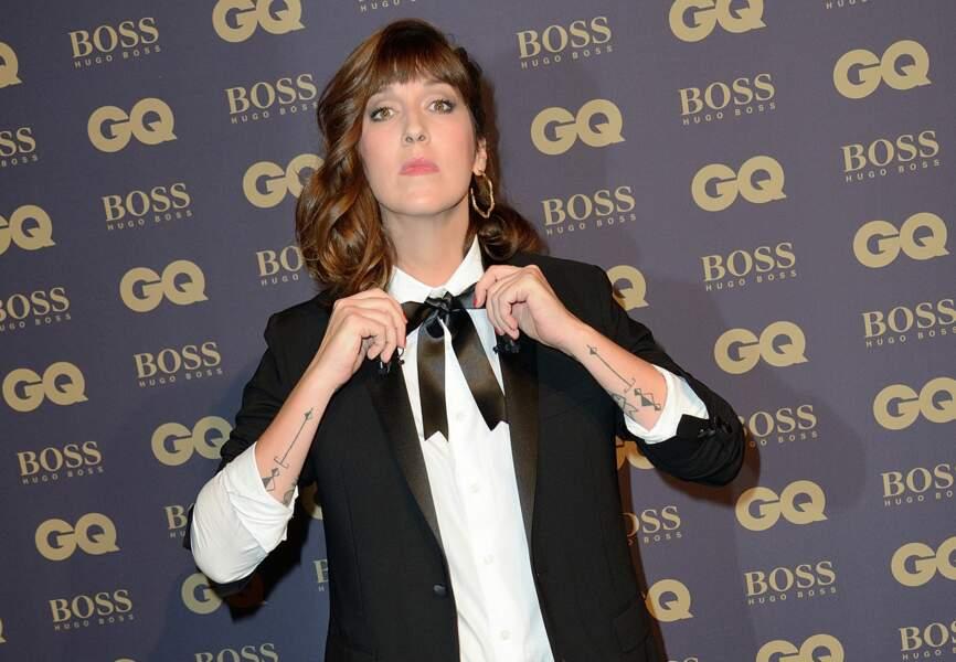 Daphné Bürki (habillée en Hugo Boss)