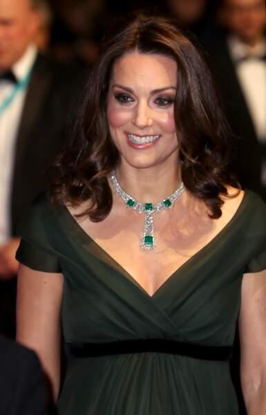 Kate Middleton sublime en robe empire