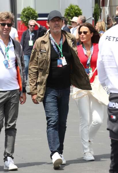 Jean-Luc Reichmann se promène au Grand Prix de France au Castellet le 24 juin