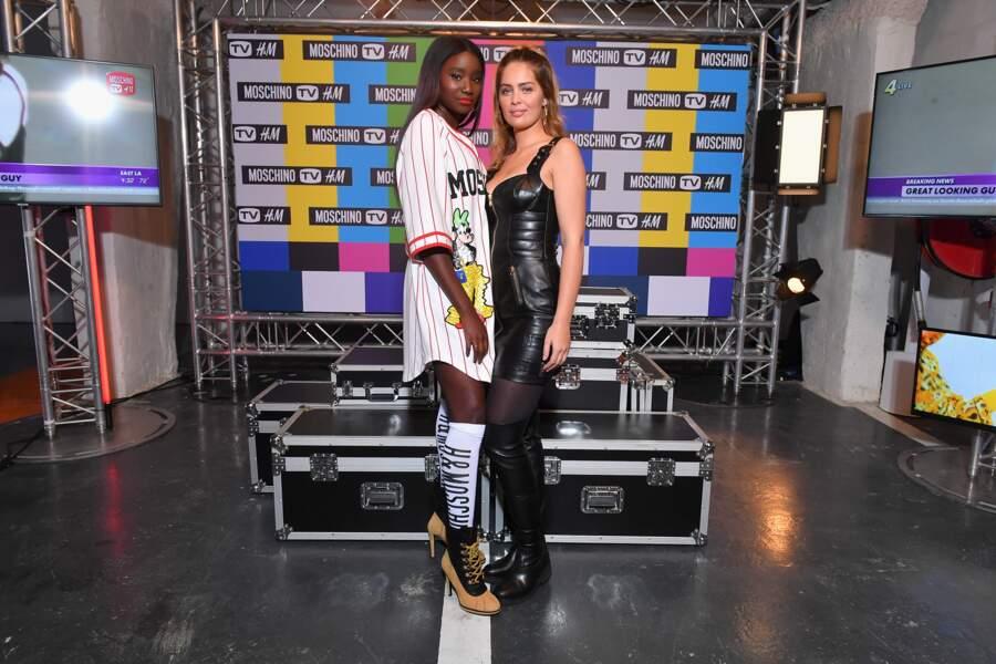 Karidja Toure en t-shirt décalé et Marie-Ange Casta sexy en robe en cuir de la collection Moschino x H&M