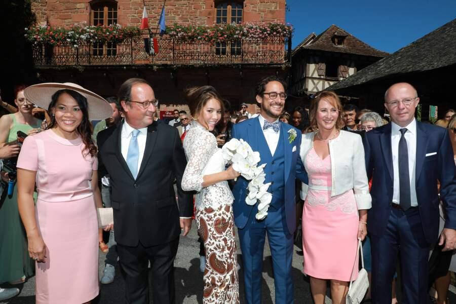 Thomas Hollande et Emilie Broussouloux entourés de François Hollande et de Ségolène Royal.