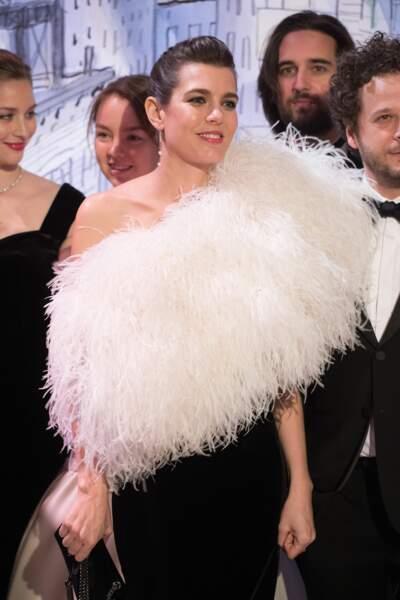 Charlotte Casiraghi en robe fourreau Saint Laurent au Bal de la Rose à Monaco le 24 mars 2018