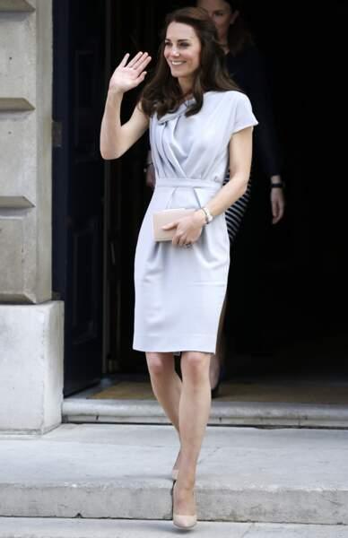 Kate Middleton sur les marches de la Spencer House à Londres, le 4 mai 2016