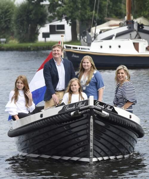 Arrivée de la famille royale des Pays-Bas à Warmond pour la traditionnelle photo de vacances le 7 juillet 2017