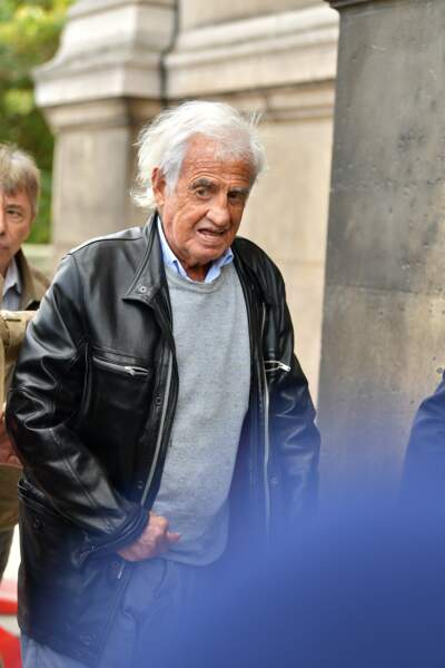 Jean-Paul Belmondo aux obsèques ducomédien Jean Piat en l''église Saint François-Xavier à Paris le 21 septembre