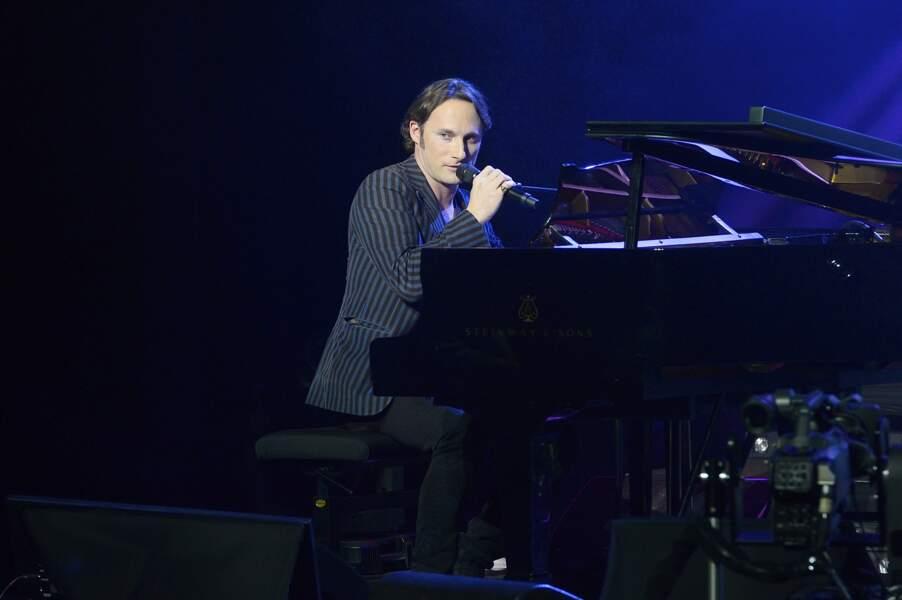 Christopher Stills à la 3ème Nuit de la Déprime aux Folies Bergère à Paris le 9 février 2015