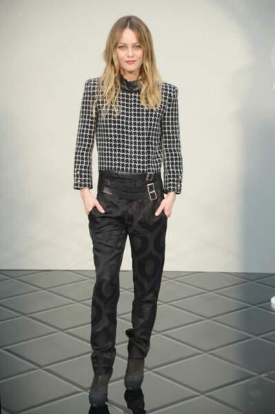 Vanessa Paradis, chic et rock pour le show haute couture de Chanel