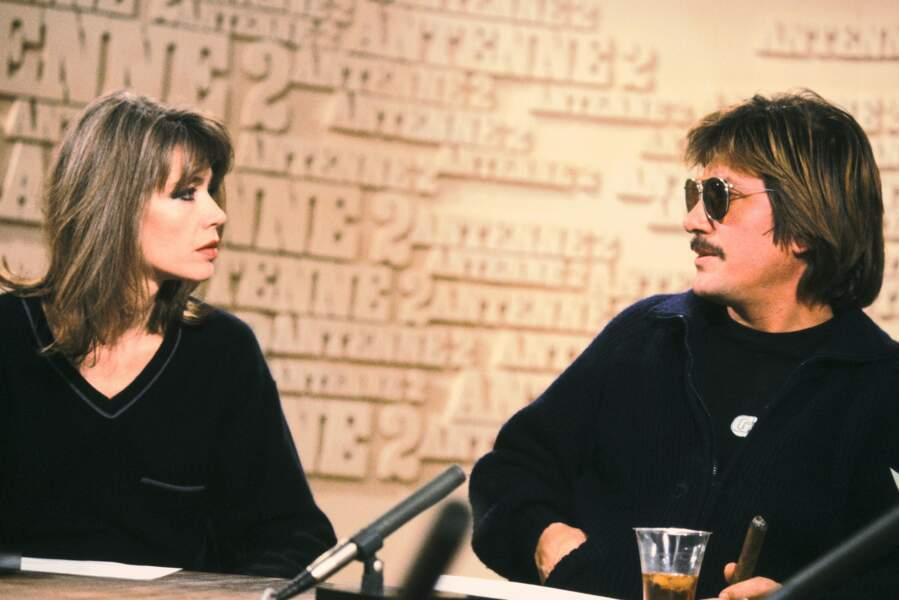 Début des années 80: Jacques enchaîne les tournages de films, Françoise cherche le réconfort dans l'astrologie...